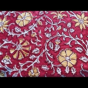 Pottery Barn Paisley Cotton 70x108 Tablecloth